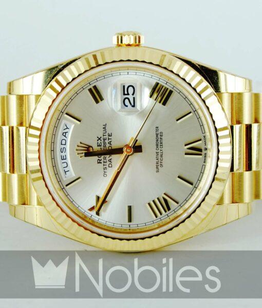Begagnad-Rolex-DayDate-front-liggande