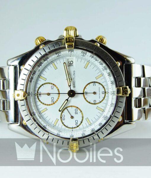 Begagnad-Breitling-Chronomat-81950-18k-detalj-vit-90s-front-liggande