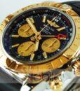 Begagnad-Breitling-Chronomat-CB042012-18-gummi-svart-detalj-urtavla-1